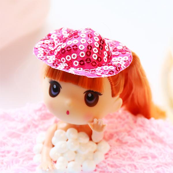 也是给生活很好的回应,这款芭比娃娃就是这精神的延续,可爱或萌呆